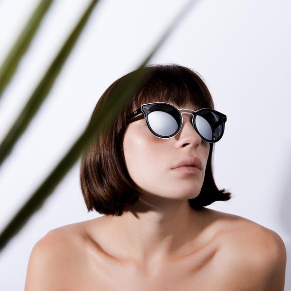 what eyeglass frames are in style now